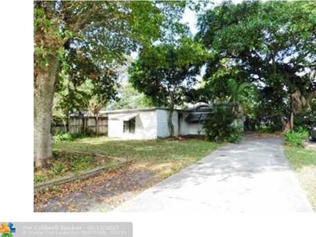 1517 NW 4th Ave - Photo 1