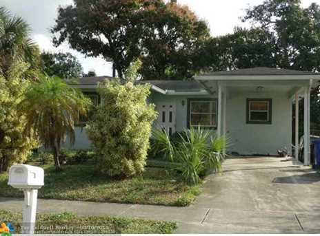 1250 NW 29th Ter - Photo 1