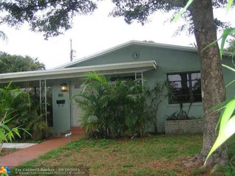 809 NW 29th St - Photo 1
