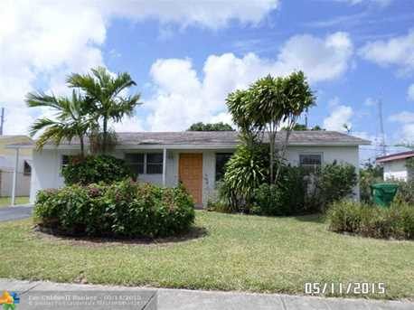 3261 Nw 15Th Ct - Photo 1