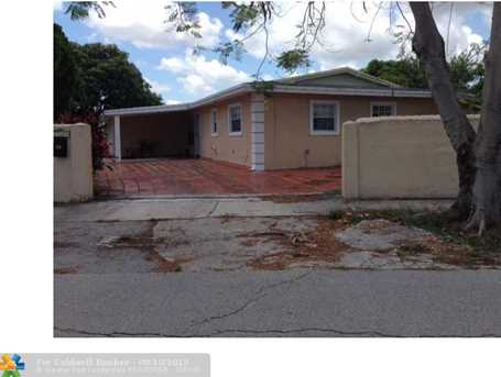 17600 NW 55th Ct - Photo 1