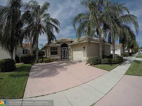 6081 Bay Isles Dr - Photo 1