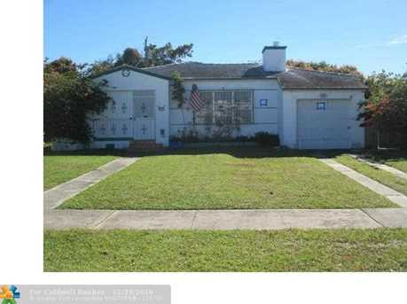 1650 Sw 17Th Ter - Photo 1