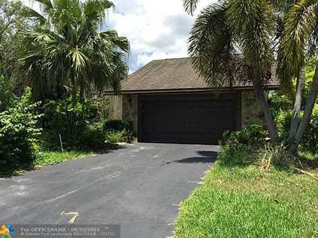 8407 Nw 80Th Ct - Photo 1