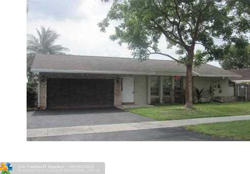 4148 NW 19th Ter - Photo 1