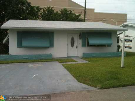 2632 NW 51st Pl - Photo 1