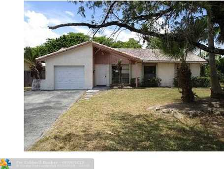 3860 NW 78th Ter - Photo 1