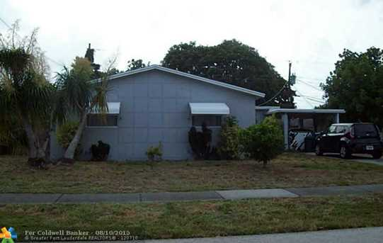 631 NW 65th Ter - Photo 1