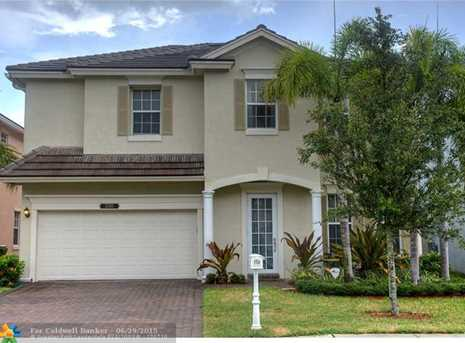 2100 Sw 16Th Ter - Photo 1