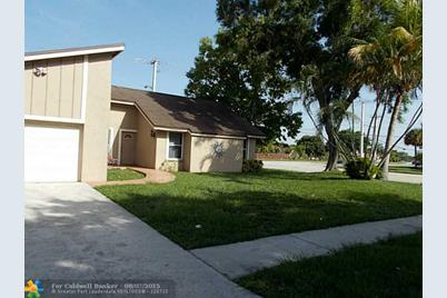 2900 NW 53rd Ter - Photo 1