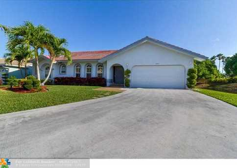 8805 NW 45th Pl - Photo 1