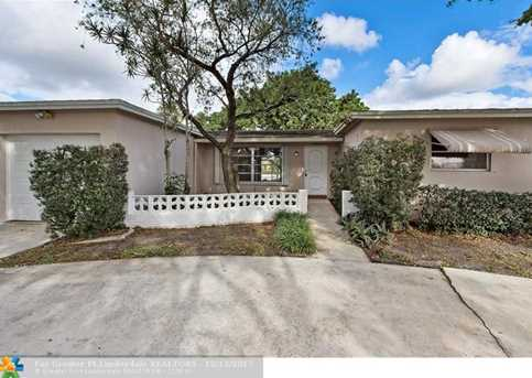 570 NW 69th Ter - Photo 1