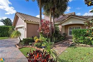 11039 NW 62nd Ct - Photo 1