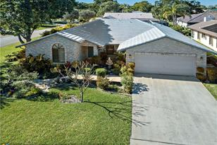 4002 NW 72nd Ave - Photo 1