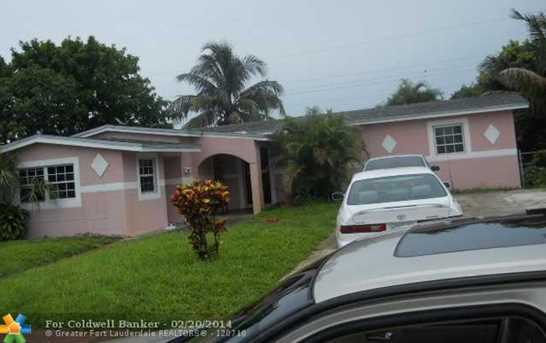 4801 NW 12th Ct - Photo 1