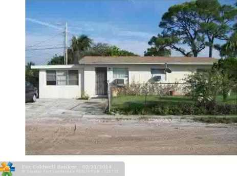 1709 NW 16th Ct - Photo 1