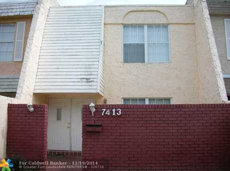 7413 NW 75th St, Unit # 7413 - Photo 1