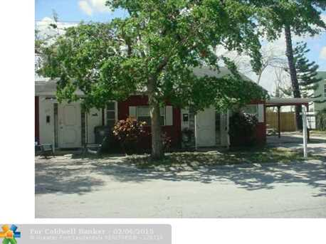 3621 NE 11th Ave - Photo 1