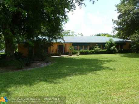 9540 NW 39th Ct - Photo 1