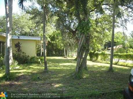 1658 SW 30th Ter - Photo 1