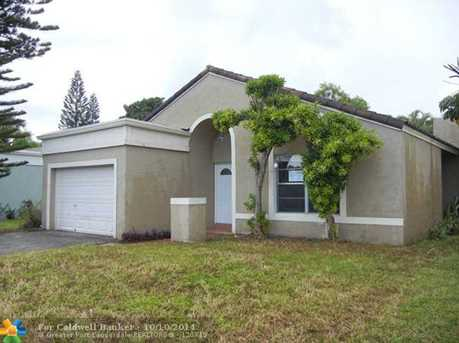 9601 NW 44th Ct - Photo 1