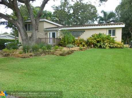 3020 SW 21st Ct - Photo 1