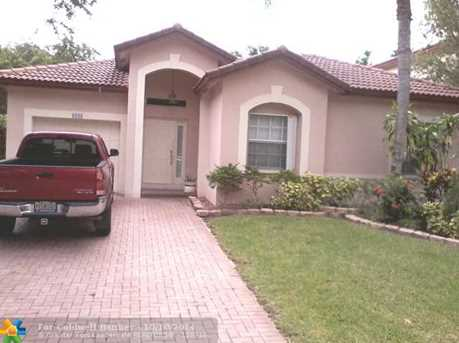 6080 NW 40th St - Photo 1