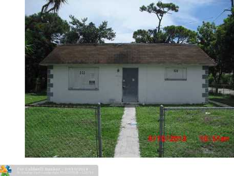 1200 NW 3rd Ave - Photo 1