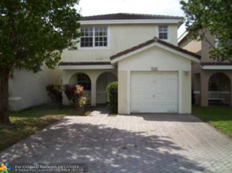 9240 NW 55th St - Photo 1