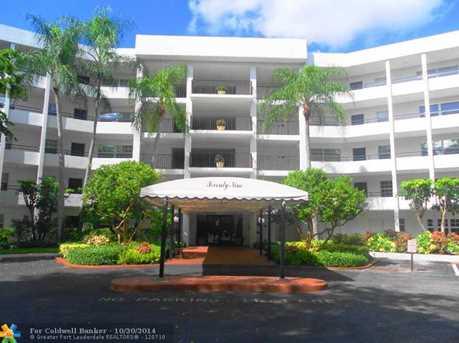 3980 Oaks Clubhouse Dr, Unit # 403 - Photo 1