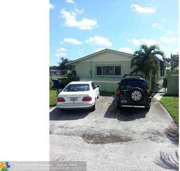 2974 NW 191st Ter - Photo 1