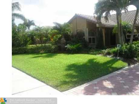 10972 NW 5th Ct - Photo 1