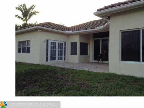 16310 NW 15th St - Photo 1