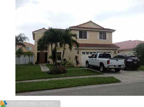 19166 NW 13th Ct - Photo 1