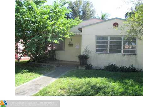 2190 SW 20th St - Photo 1