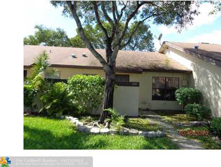 8201 NW 100th Dr - Photo 1