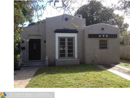 418 SW 18th St - Photo 1