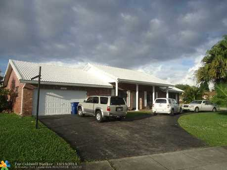 13301 NW 8th Ct - Photo 1