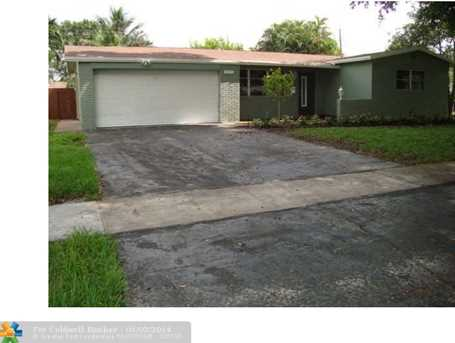 5112 SW 92nd Ter - Photo 1