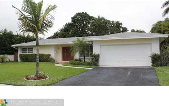 7521 NW 10th Ct - Photo 1
