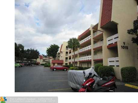 1015 Country Club Dr, Unit # 401 - Photo 1