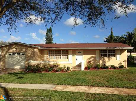 5160 SW 89th Ave - Photo 1