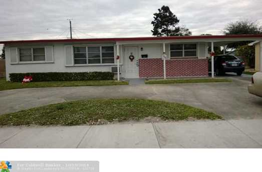 4201 NW 12th Ter - Photo 1