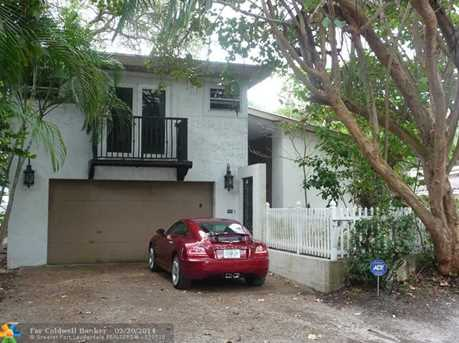 1998 SW 16th Ct - Photo 1