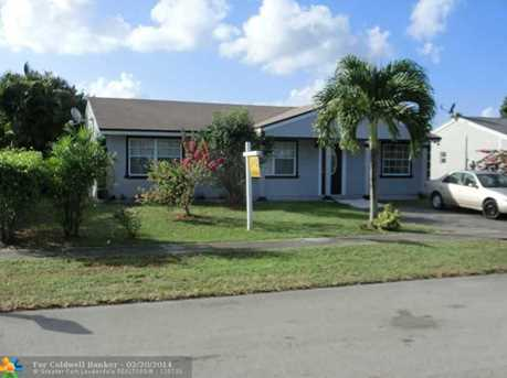 1341 SW 73rd Ave - Photo 1