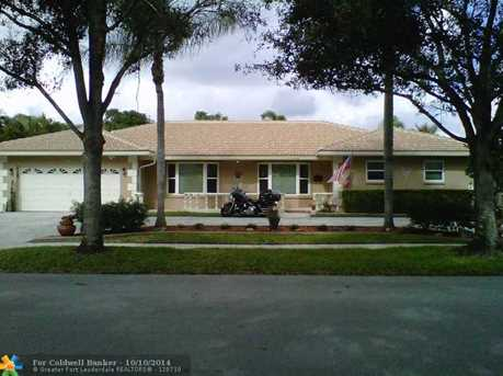 7521 NW 7th St - Photo 1