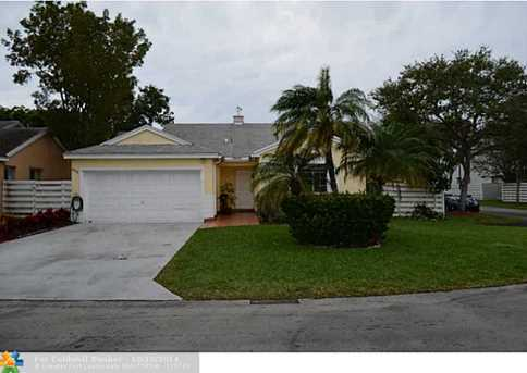 14504 SW 138th Ct - Photo 1