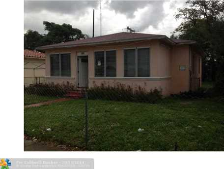 1285 NW 53rd St - Photo 1