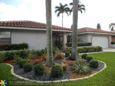 1068 NW 99th Ave - Photo 1