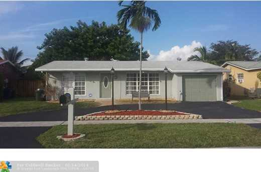 11471 NW 31st Pl - Photo 1